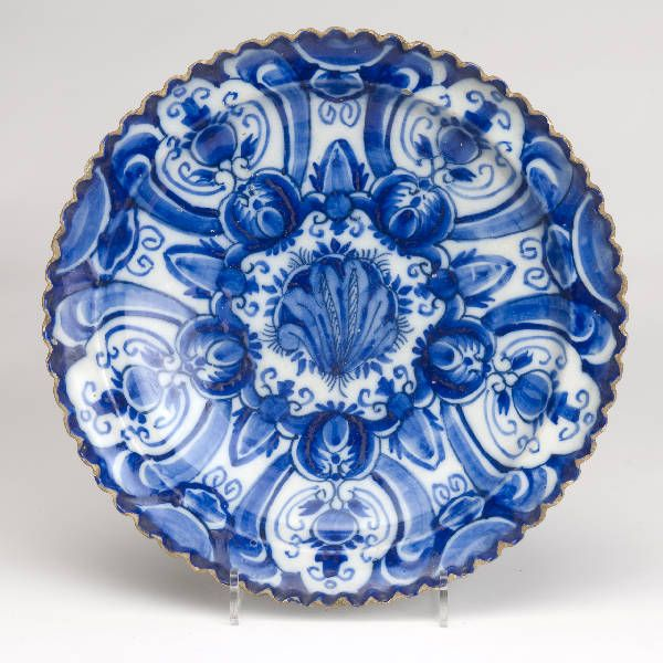 Delft Blue Plate. 17th century.