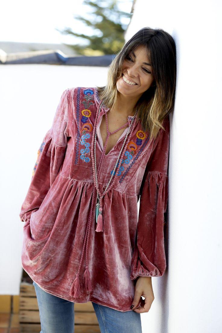 / beautiful boho embroidered velvet blouse / bohemian style / photo by cruz campa /