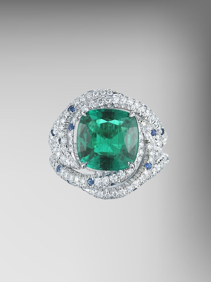 ssef certified no oil emerald and blue sapphire ring. Black Bedroom Furniture Sets. Home Design Ideas