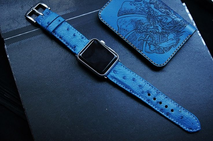 Ostrich Belly Leather Watch Strap for Big Watch or Apple Watch 1 and 2  100% Handmade  Description:  Ostrich Belly Leather Watch Strap for Big Watch or Apple Watch 1 and 2  Material: Genuine Leather  Standard Length: 125 mm/ 75 mm  Thickness: 4...