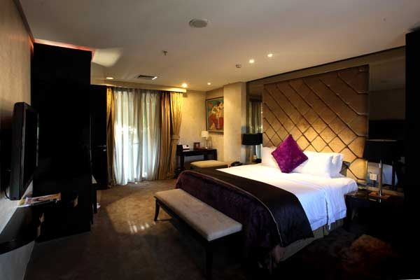 Deluxe Room AMAROOSSA Bandung, Jl.Aceh no.71A