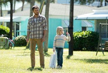 Frank Adler (Chris Evans) je svobodný muž, který vychovává svou nadanou a energickou neteř Mary(Mckenna Grace). Frank hodlá Mary dopřát normální dětství, ale jeho plány jsou ohroženy, když se o nadání vnučky dozví jeho energická matka Evelyn …