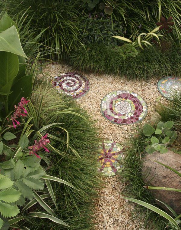 725 best Garden DIY Craft Ideas images on Pinterest Garden