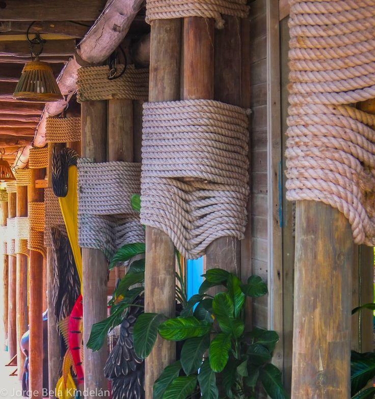 Isla Múcrura. Hotel Punta faro.