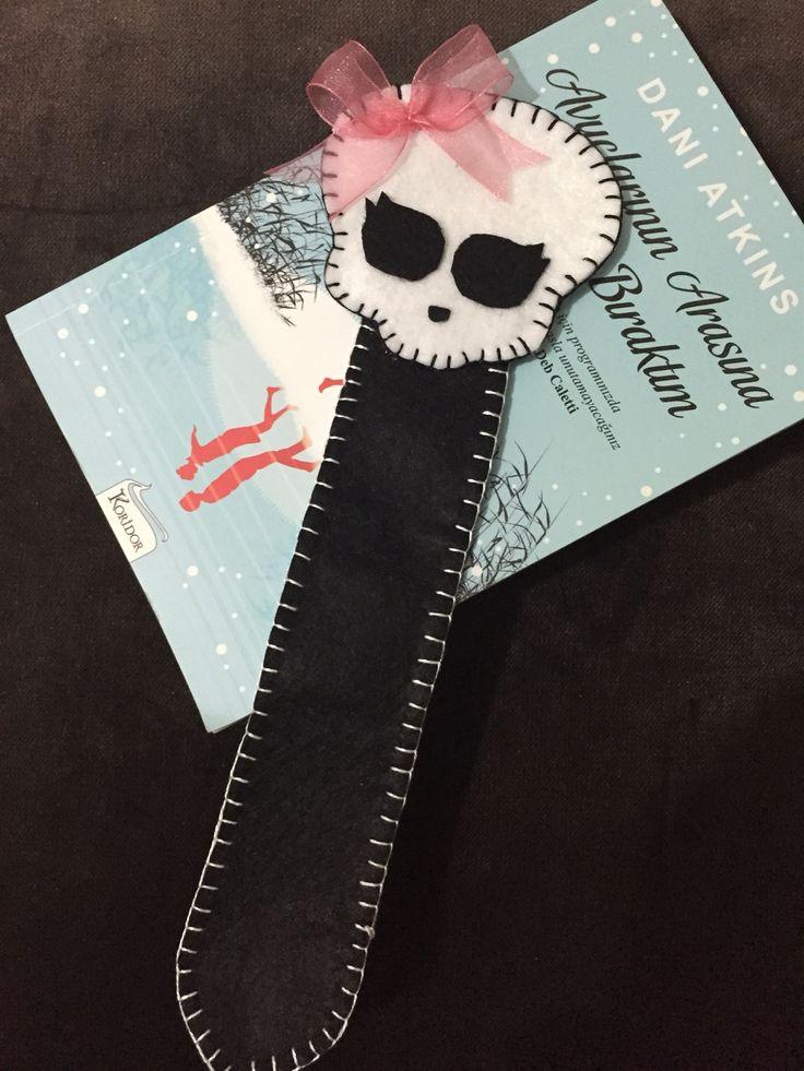 Keçe Kitap Ayracı - Kuru Kafa Felt bookmarker  Bigi için kuzenlerinsihirlidokunusu@gmail.com