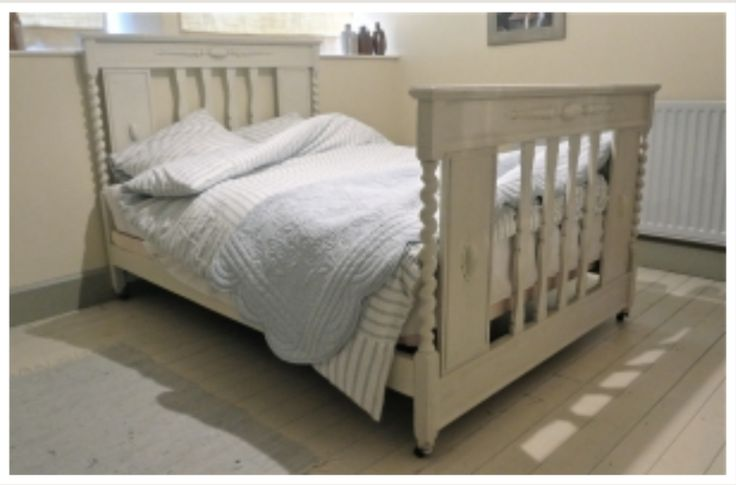 october reloved carved bedstead in farrow and ball clunch. Black Bedroom Furniture Sets. Home Design Ideas