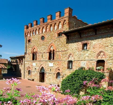 Castelletoo di Montebenichi, Tuscany Italy