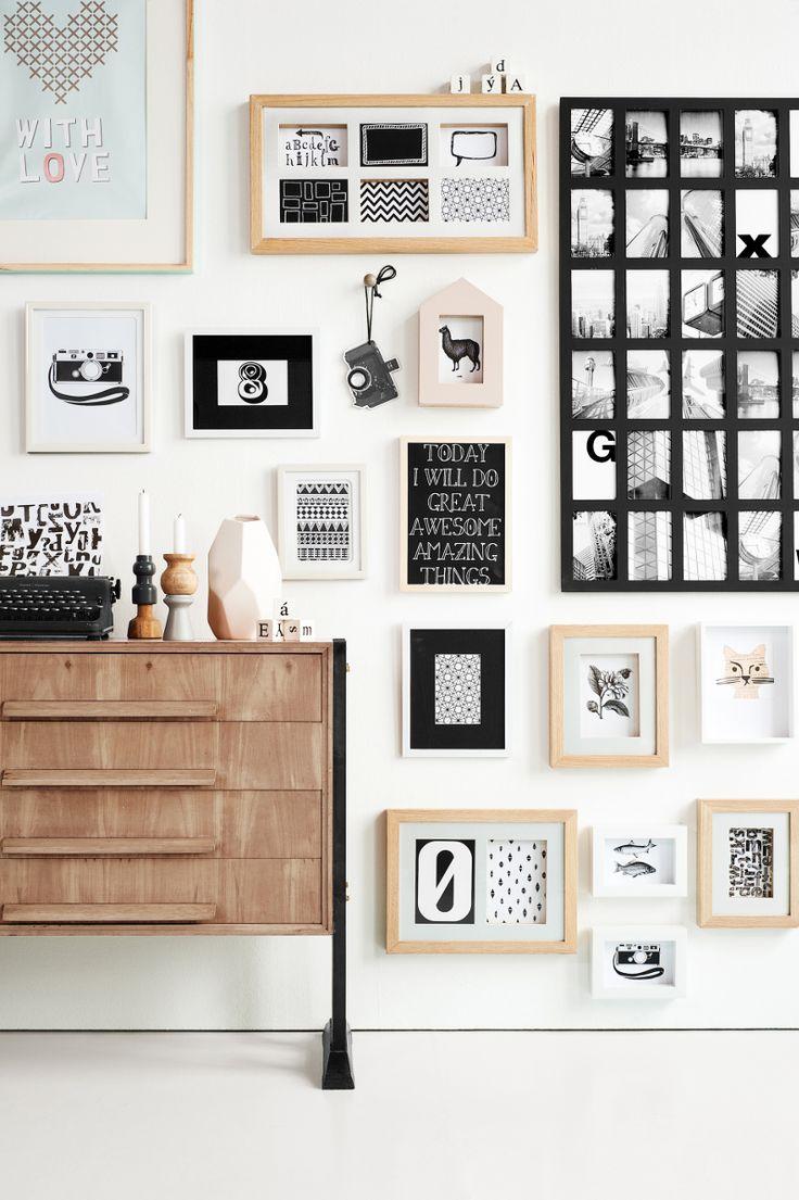 Leuk idee om fotolijstjes te vullen met prints en quotes in plaats van foto's #wall #home