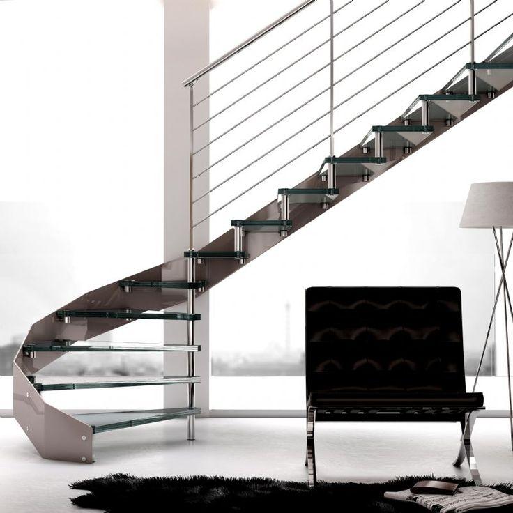 Escalera de acero inoxidable de tramos Modelo Itron. Más info en Enesca.es