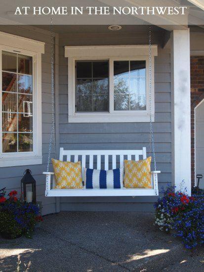 Porch swing (HoH116)