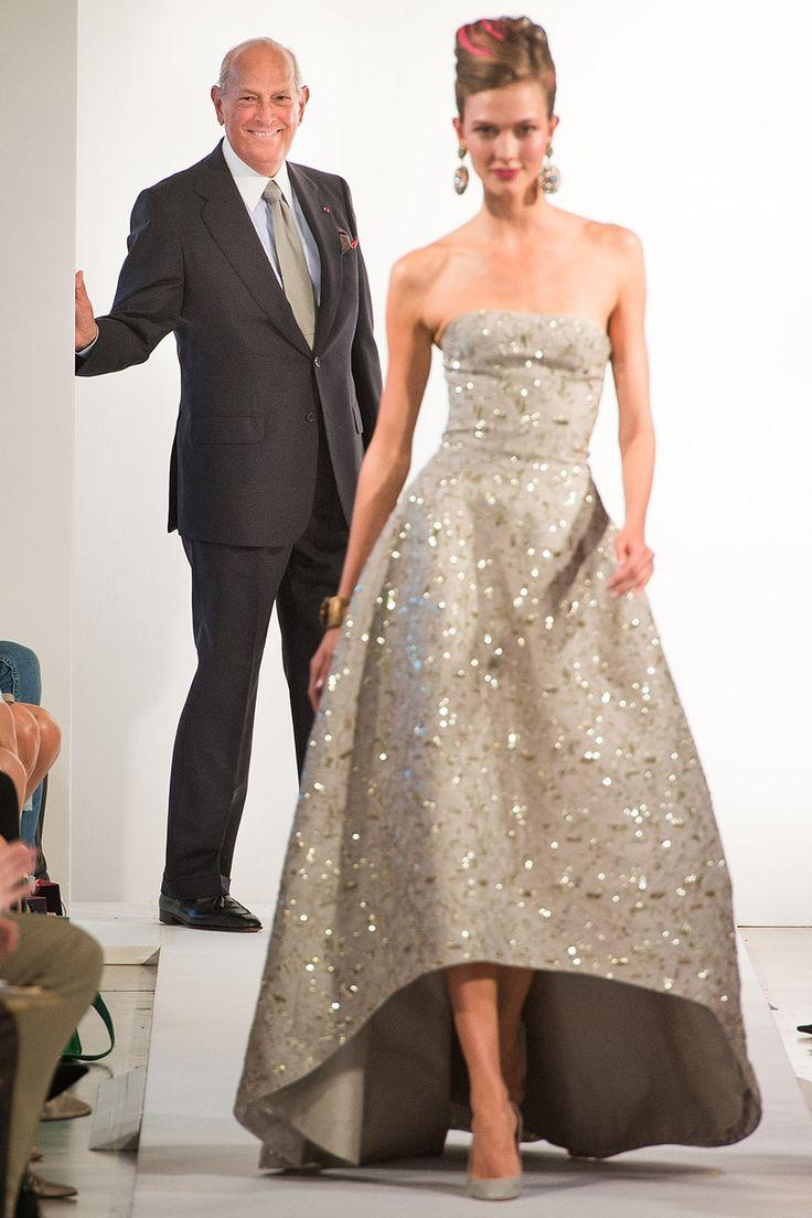 Oscar de la renta scaling back his fashion week show