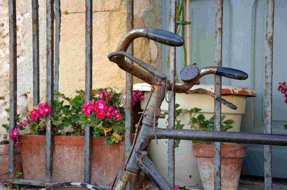 Hey, ho trovato questa fantastica inserzione di Etsy su https://www.etsy.com/it/listing/178373709/ladri-di-biciclette