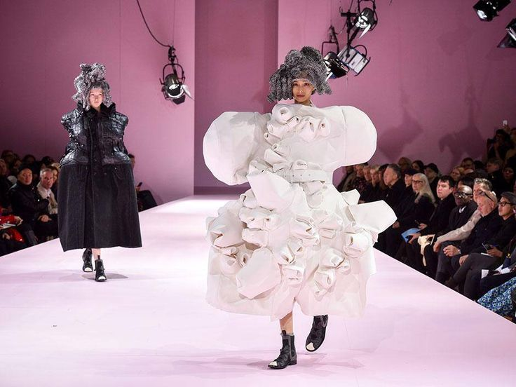Comme des Garcons renders fashion's future in body casts, packing blankets and industrial foil