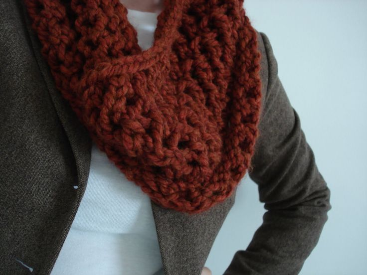 Free Knitted Cowl Patterns Pinterest : Spice Cowl! (Free Knitting Pattern) SUPER CHUNKY COWLS Pinterest Knitti...