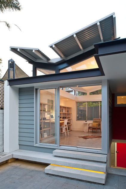 Houzz Tour: Butterfly Roofs Top a Sydney Terrace House