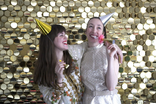 How to make a sequin photobooth- Except who needs a simple photobooth when you can make it into an everyday wall decoration??
