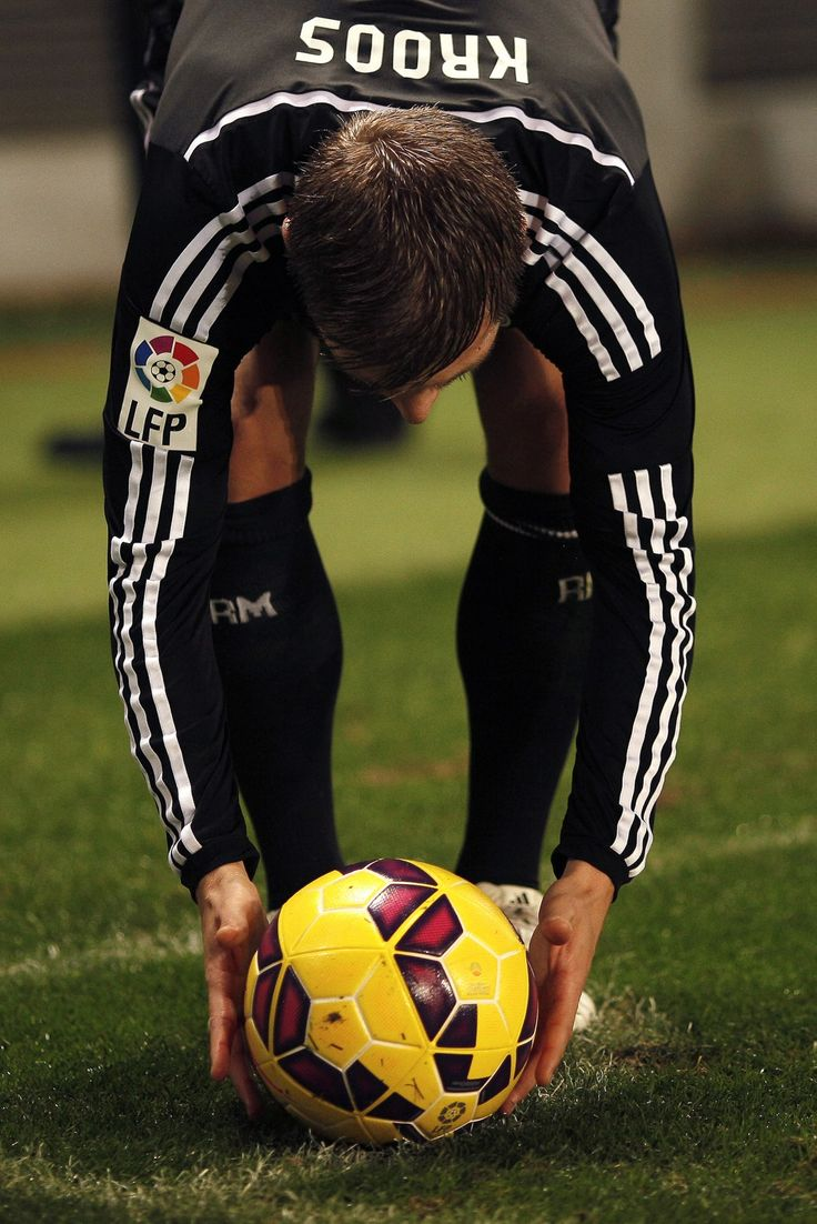 For the wicked intentions. #Kroos #Freekick