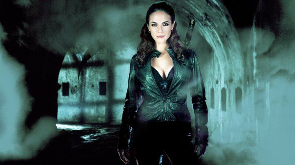 Lost Girl Season 3 Complete Collection Blu-ray Review