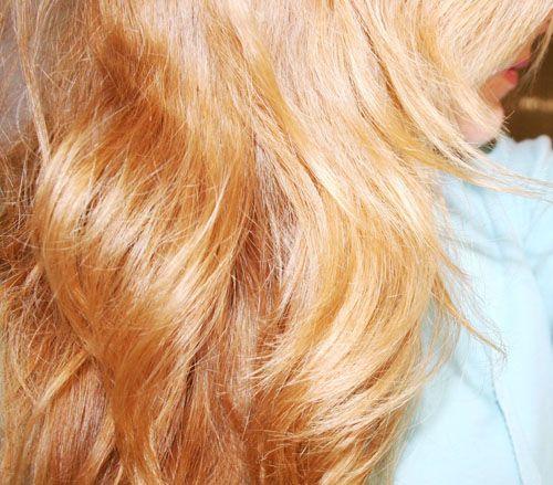 Pensi di non aver bisogno di consigli per lavare i capelli? Forse ti sbagli..leggi l'articolo e scopri come mantenere sani i tuoi capelli senza fare errori!