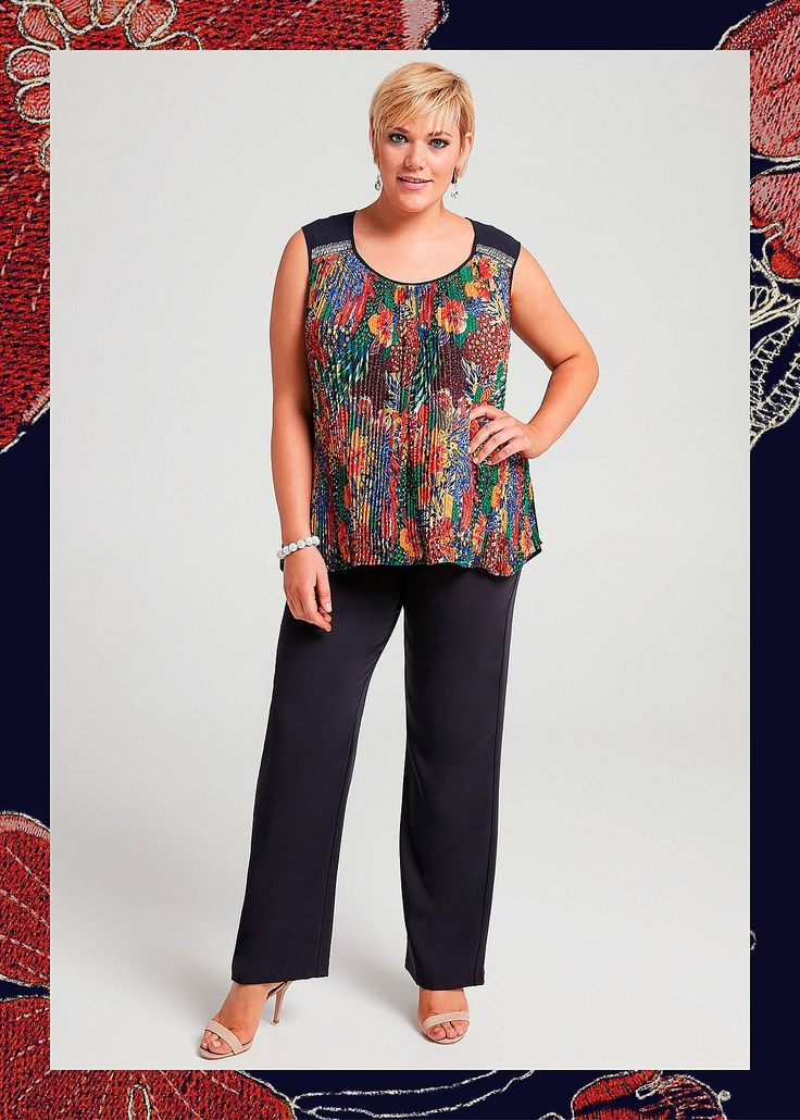 Roman Holiday Top #takingshape #plussize #curvy #eventwear #event #specialevent