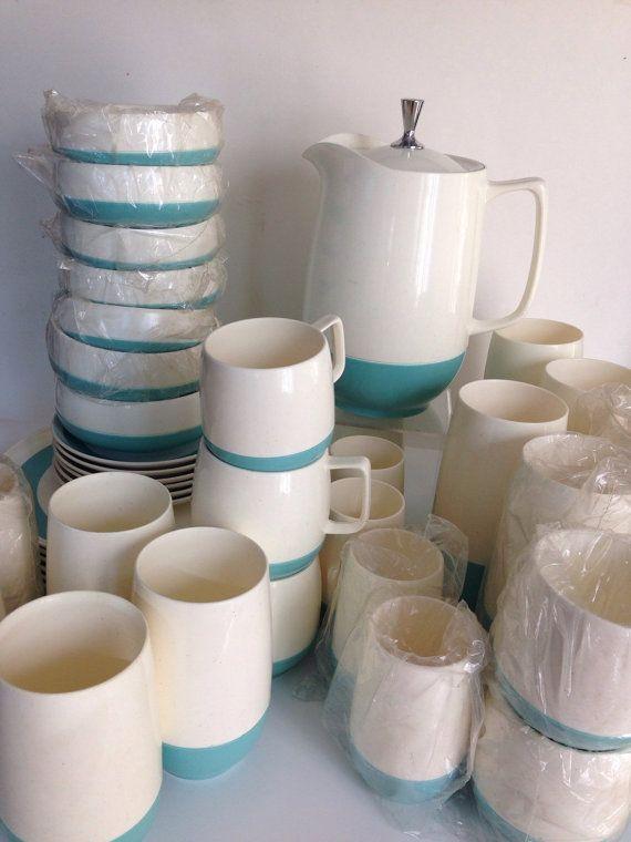 Best 25+ Plastic dinnerware ideas on Pinterest | Order of ...