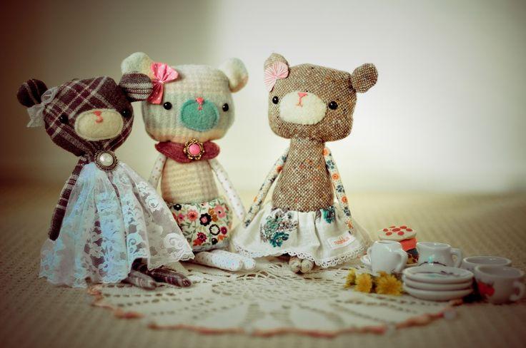 Afternoon Tea Bear by Nooshka