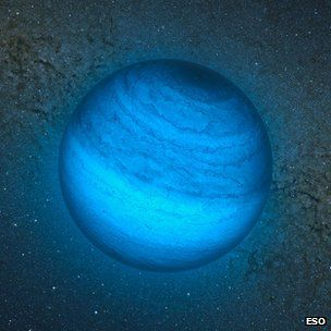 "Astronomers have spotted a ""rogue planet"" - wandering the cosmos without a star to orbit - 100 light-years away. (via BBC News; image via ESO)"
