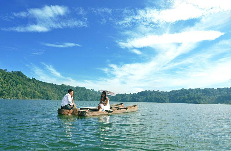 Prewedding Photography Bali - Folsan & Indra Prewedding. Photographer by Roy Ubaidillah Hasby