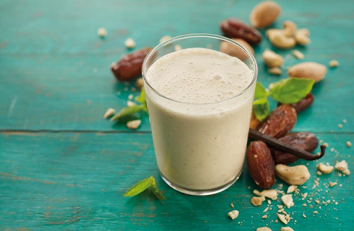 Almond Vanilla Smoothie