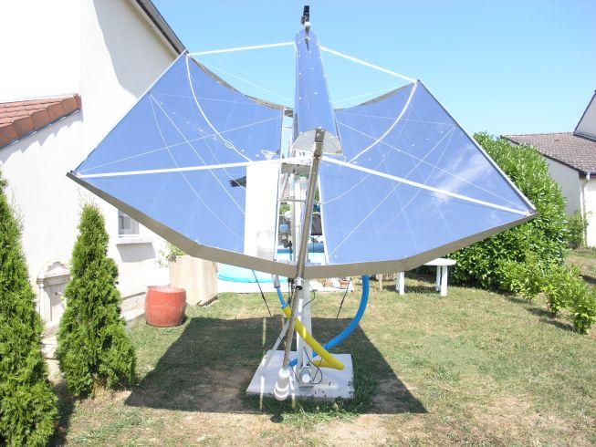 concentrateur cylindro parabolique solaire à suivi automatique