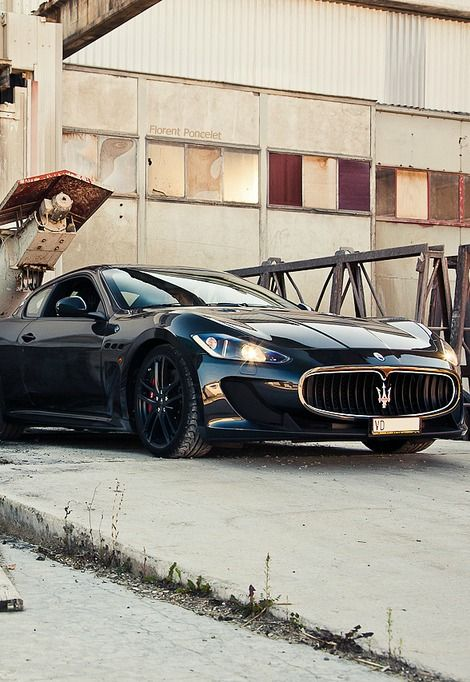 voitures maserati gran automobile maserati italie lecteurs exotiques rveur garage randonne plante voiture garage maserati