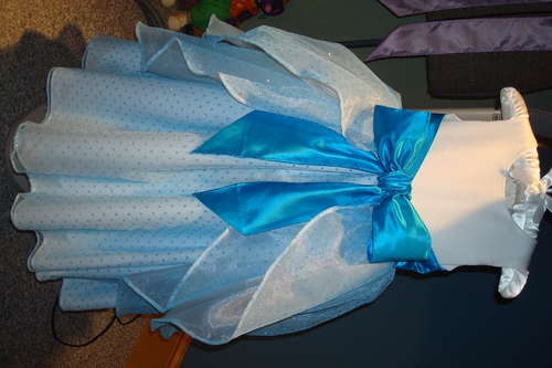 Princess Dress tutorial - I am sure someday there will be a little girl  in our family that will need this!