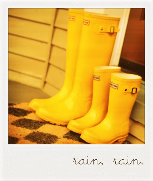 wellies = unlimited puddle play!