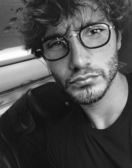 Applausi entra in scena Stefano De Martino, il gossip dell'ultima ora!