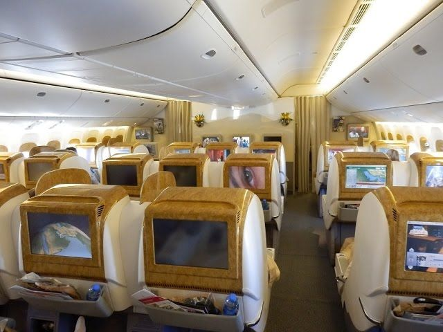 Emirates Boeing 777-300ER business class #Dubai to Brussels https://www.youtube.com/watch?v=s9cfYb7iixs