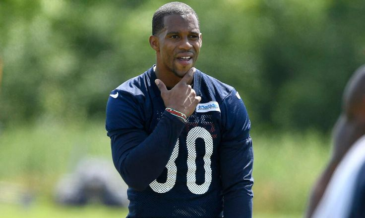 Victor Cruz can find new life with Bears = Victor Cruz is getting used to life as a member of the Chicago Bears. It's a new city, jersey, team and start for the man who went from an undrafted rookie to a Super Bowl XLVI hero for the New York Giants. It seems like yesterday Cruz was.....