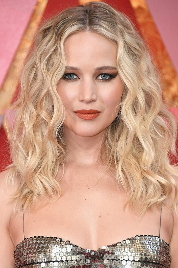 10 Oscars Beauty Looks We Can't Stop Obsessing Over #purewow #makeup #beauty #ha…
