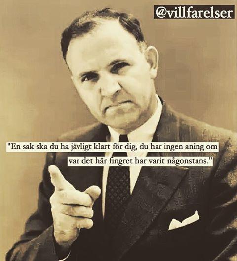 """""""Fingret"""" #finger #varit #vart #aning #villfarelser #humor #ironi #allvar #text #tryck #foto #bild #poesi #konst #kultur #skoj #skratt #kul #dör"""
