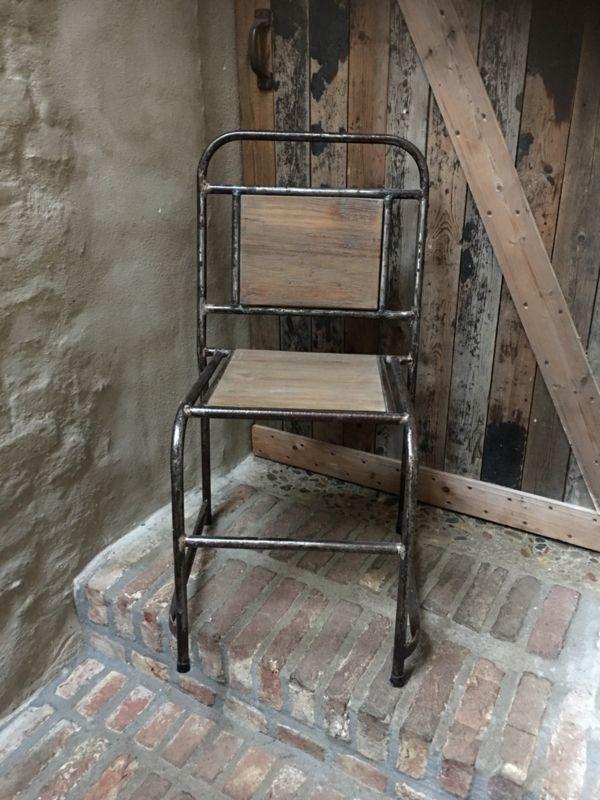 Stoere landelijke industriële stoel stoelen vintage metaal vergrijsd hout