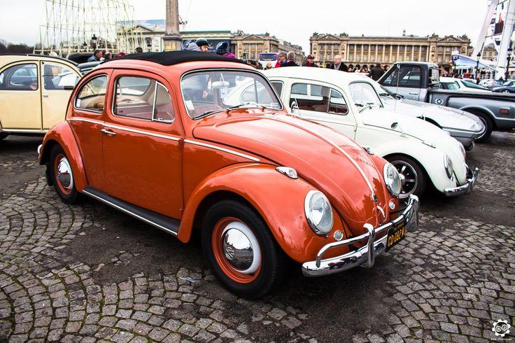 #Volkswagen #Coccinelle à la Traversée de #Paris hivernale 2016. Reportage complet : http://newsdanciennes.com/2016/01/10/grand-format-traversee-de-paris-hivernale-2016/ #Vintage #VintageCar #Voiture #Ancienne