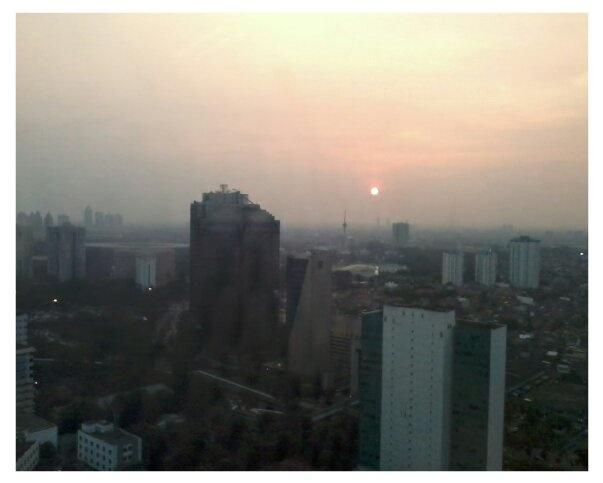 Sunset from #lantai31 Jakarta
