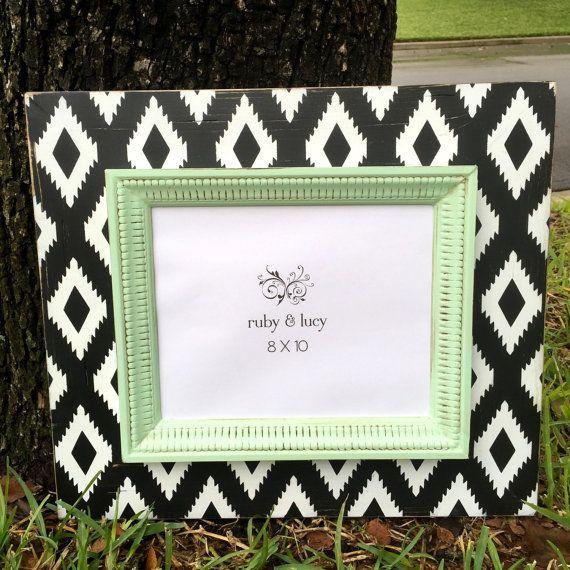 aztec picture frame distressed 8x10 black & white mint trim