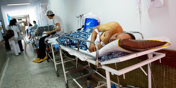 Personas enfermas no pueden ser despedidas sin aval de Mintrabajo - Archivo Digital de Noticias de Colombia y el Mundo desde 1.990 - eltiempo.com