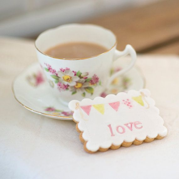 Bunting Design Wedding Cookie Favours by NilaHolden on Etsy