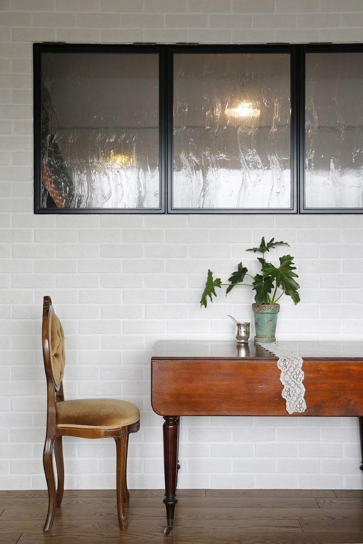 リフォーム・リノベーションの事例|室内窓|施工事例No.338スチールの空間窓で、アンティークな明るさを!|スタイル工房