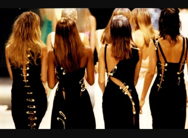 Claudia, Naomi, Christy & Helena - Gianni Versace Runway Show  92