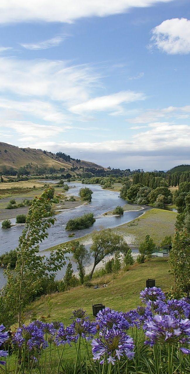 The Tukituki River valley, near Havelock North, Hawkes Bay, New Zealand