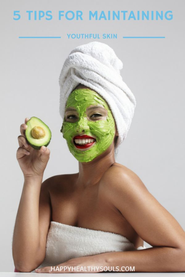 """Do you ever look at people and think """"how the heck is their skin so vibrant""""? Well we definitely do! After explaining our jealousy to the beauty gods they sent us Paulina who gave us her TOP 5 TIPS for maintaining youthful skin. On the blog now: 5 Tips for Maintaining Youthful Skin // http://www.happyhealthysouls.com/beauty/5-tips-for-maintaining-youthful-skin"""