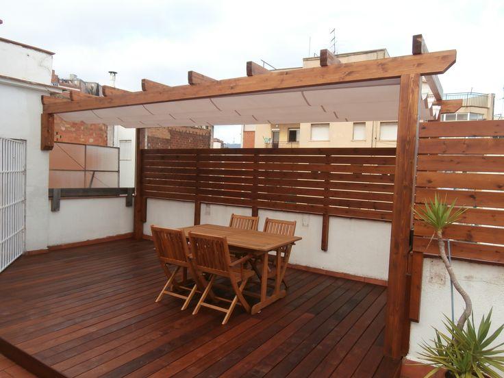 pergola de madera de abeto laminado instalado en una terraza en barcelona fustmar