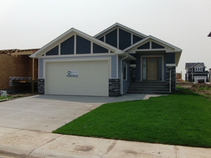 Don't settle for anything less than easy one level living. You'll love the wide, spacious rooms in this sprawling 4 bed, 3 bath, bungalow. Built by Greenwood Homes, the Prairie Rose plan, is a stunning home, definitely not lacking in Sq. Ftg. The kitchen is thoughtfully designed, and the dining area is open to the family room. $399,000.00 SOLD!